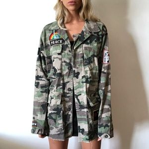 {The Rail} camo patch utility jacket